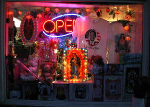 Store on Mount Pleasant Street NW. (Photo from Luis Gomez, One Photograph A Day.)