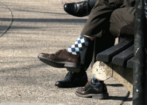 Relaxing on a bench in Dupont Circle. (Photograph by Luis Gomez, One Photograph A Day.)
