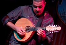 Hamilton de Holanda at the Ibero-American Guitar Festival.