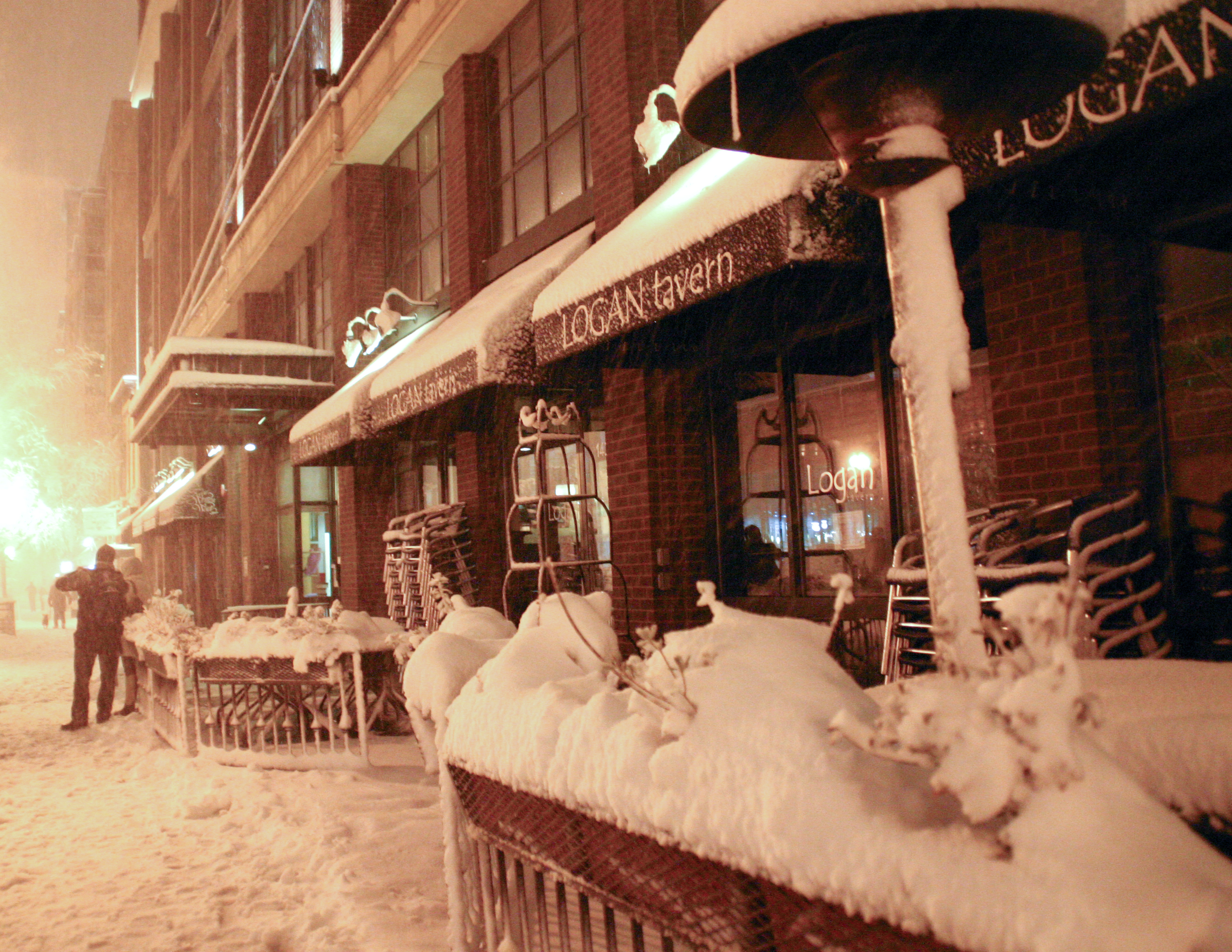 Luis Gomez Photos snowpocalypse Logan Circle Borderstan