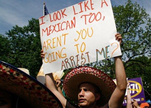 Luis Gomez Photos immigration rally White House Protest Borderstan